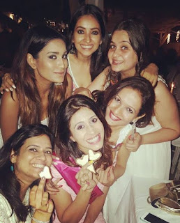 Kishwer Merchantt and her friends 1