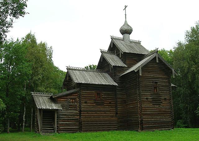 """Музей деревянного зодчества «Витославлицы» (Museum of Wooden Architecture """"Vitoslavlitsy"""")"""