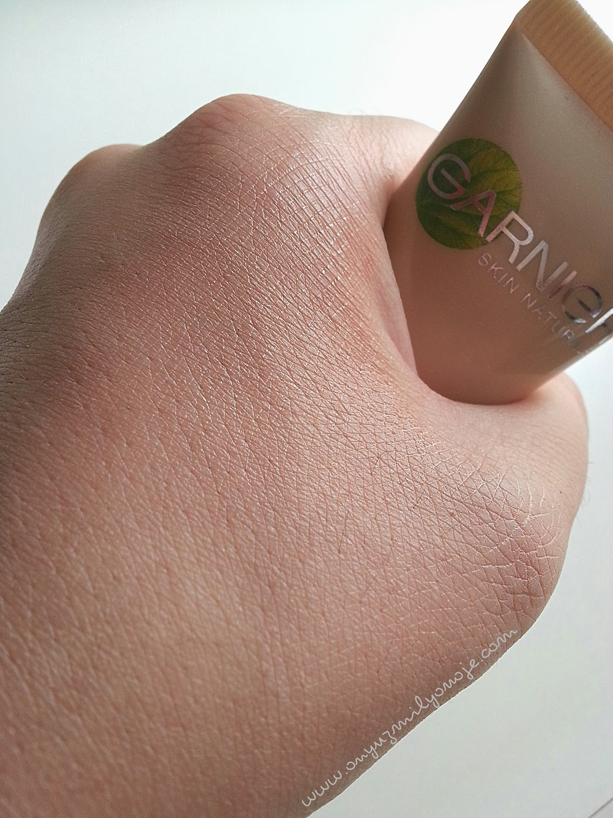 Garnier BB Krem Light