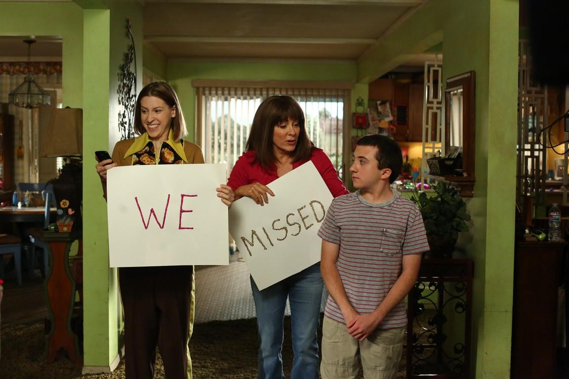 The Middle - Season 9 Episode 01: Vive La Hecks