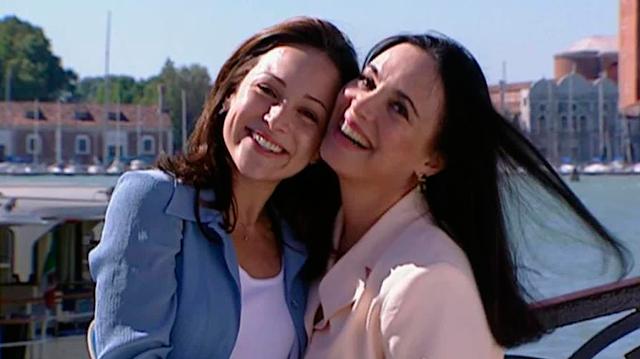 """Reprise de """"Por Amor"""" registra 19 pontos na estreia, a maior audiência em 10 anos"""