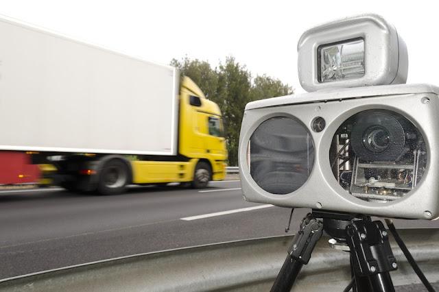 """32 Câmeras já multaram mais de 600 caminhões em Cuiabá na """"Operação Carga Pesada"""""""