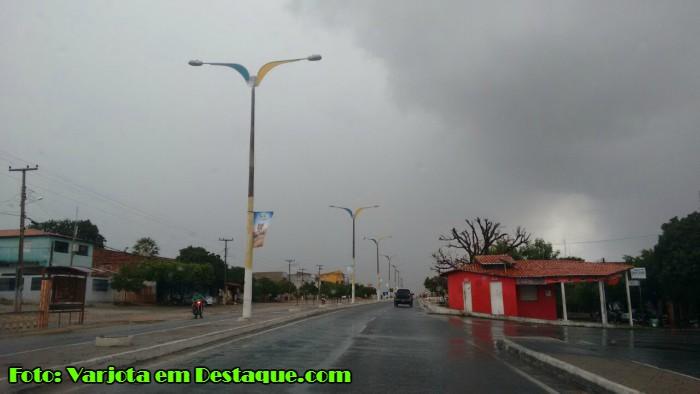 Chove em praticamente todo o Ceará
