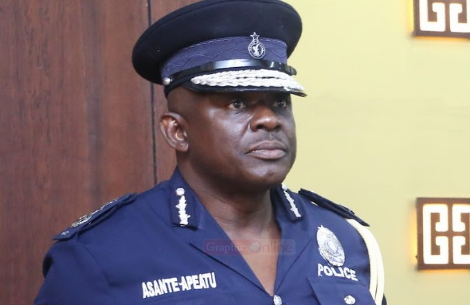Nana Addo promote seven Police officers to COPs; 31 to DCOPs