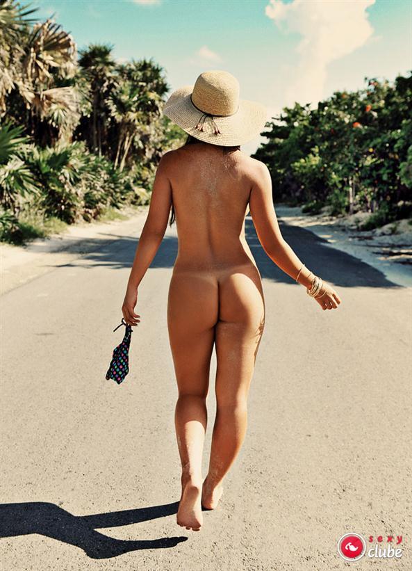 Fotos de Carol Nakamura nua pelada na revista sexy 19