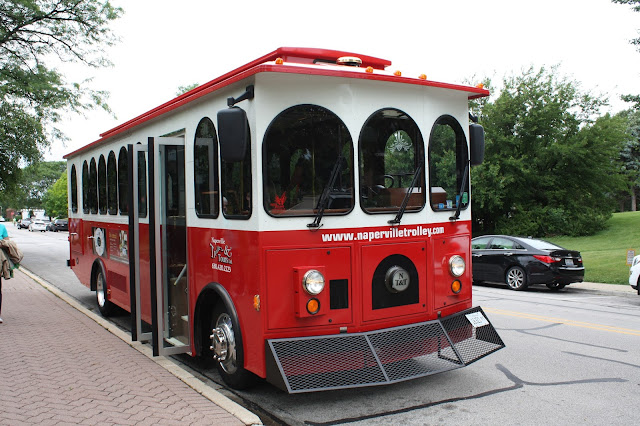 Naperville Trolley