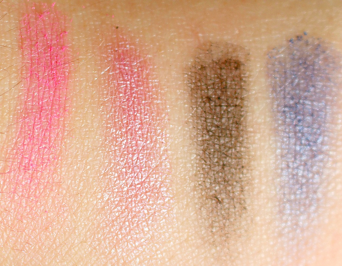 first impressions, swatch, swatches, swatchfest, sleek makeup, sleek, eyeshadow palette, blush palette, blusher, candy collection, i-divine, blush by 3