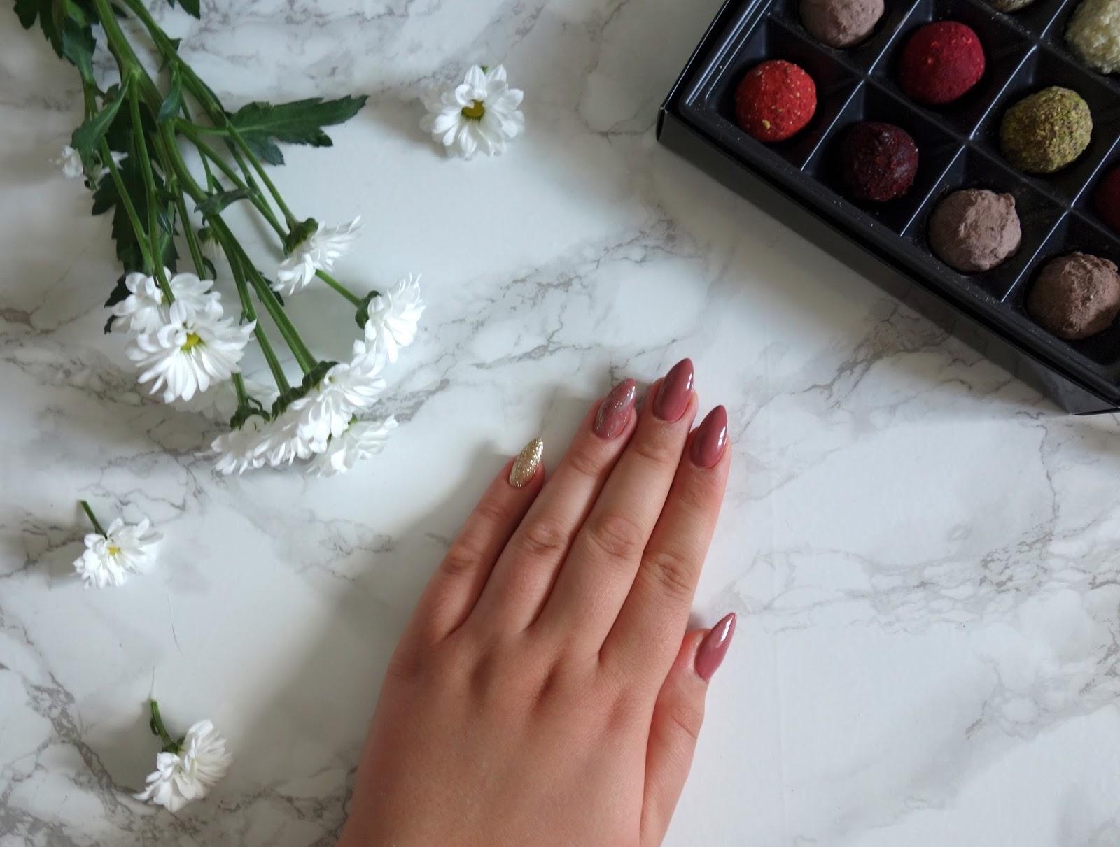 Ulubieńcy czerwca - ślub, manicure, kosmetyki Bielenda, Gosh, Pierre Rene, Nabla