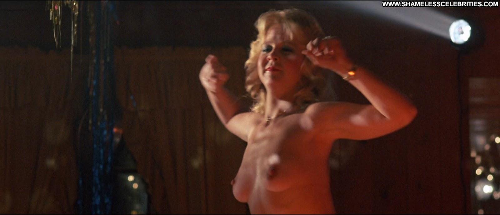 Mary stuart masterson topless