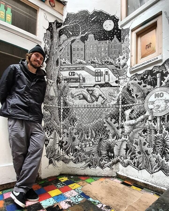 02-Large-mural-Laurens-van-Gurp-www-designstack-co