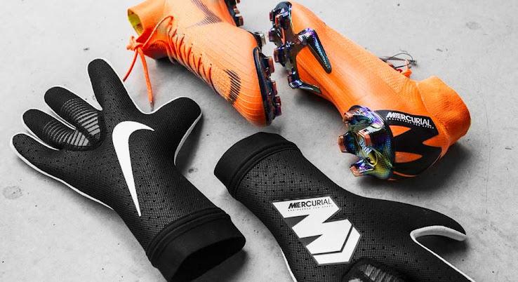 088fdffbd9033 Black   White  Strapless  Nike Mercurial Touch Elite Goalkeeper ...