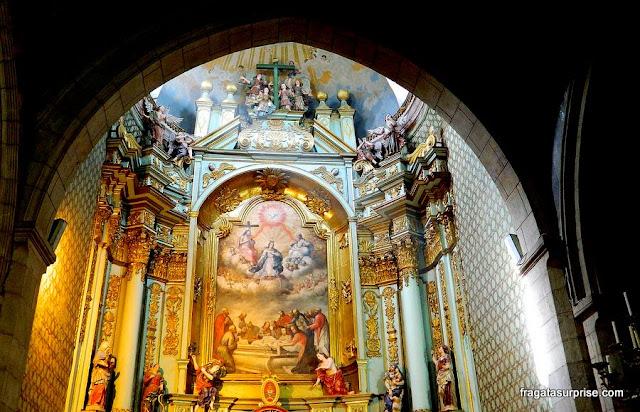 Um altar da Catedral de Quito, Equador