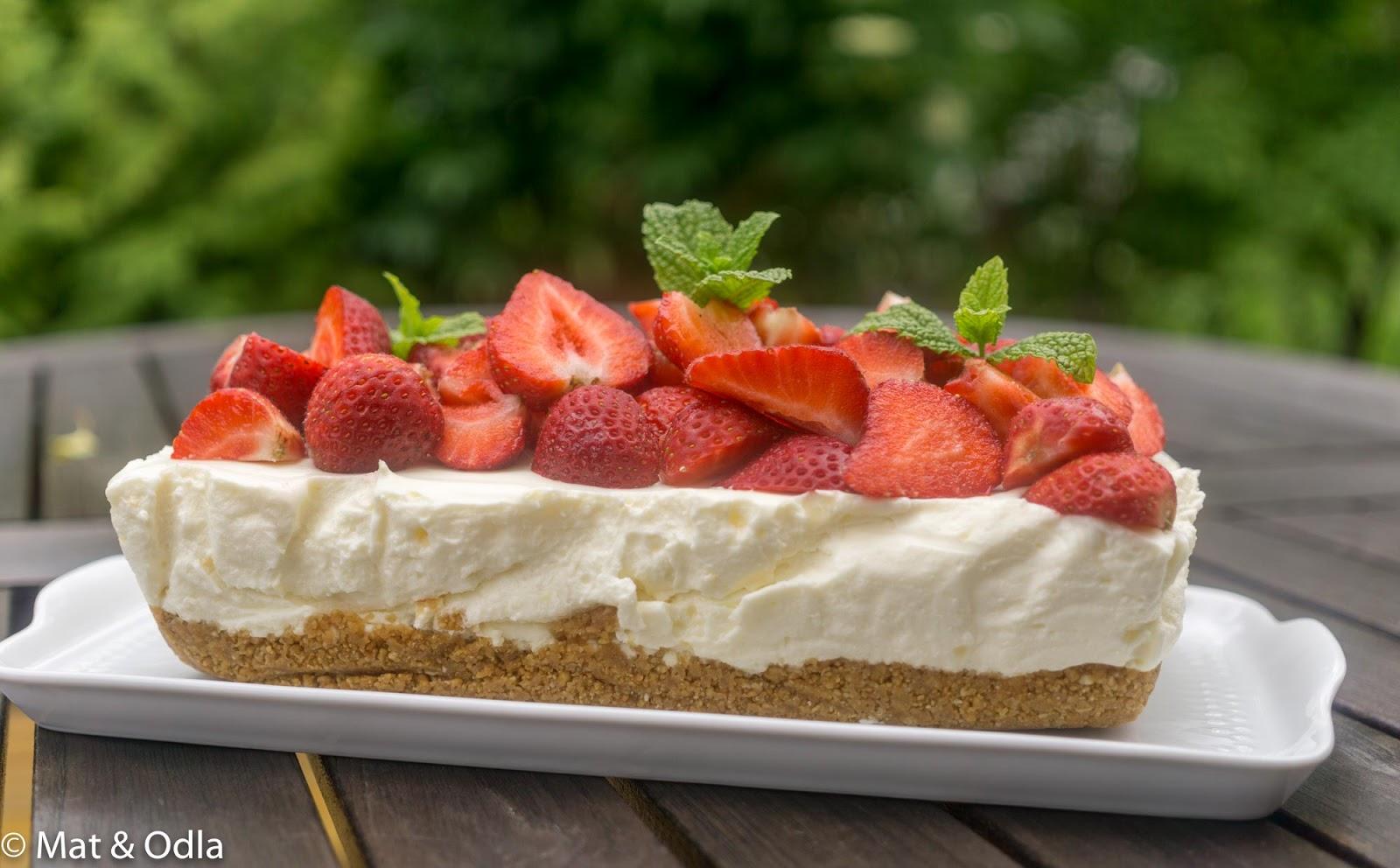cheesecake med jordgubbar recept