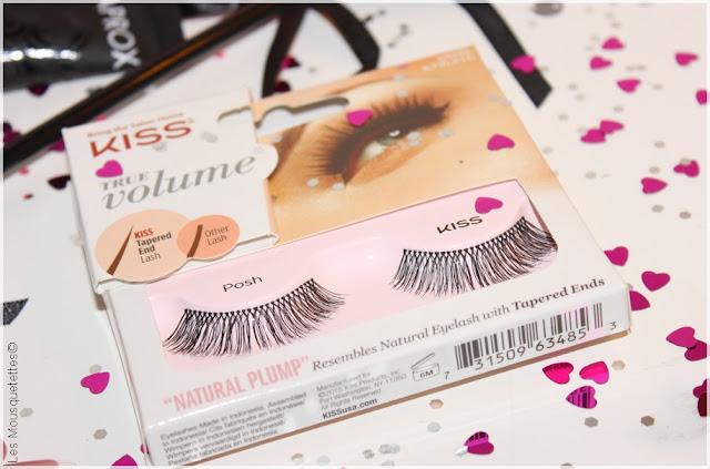 Opération Saint Valentin d'une beauty addict romantique - Faux cils KISS - Blog beauté Les Mousquetettes©
