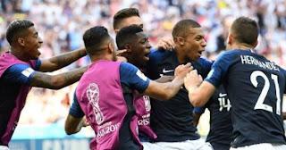 اتهت مباراه فرنسا ضد اوروجواي اليوم 6-7-2018 في دور ال8 بفوز فرنسا بنتيجه 2 - 0 وخروج اوروجواي