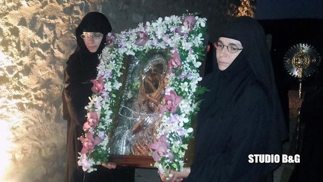 Κοσμοσυρροή στον πανηγυρικό εσπερινό στην Μονή Αγνούντος Επιδαύρου