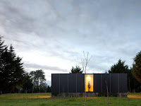 Modern Prefab House with Its Room Design: Levitating Illusion