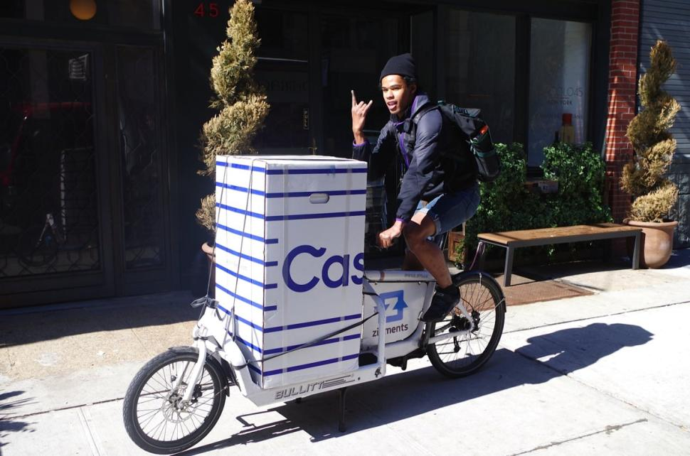 Casper Delivers Mattresses On Bicycles In New York City Daily News