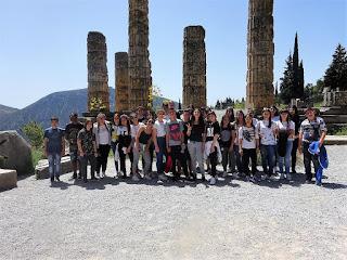 Τετραήμερη εκπαιδευτική επίσκεψη των μαθητών της συντακτικής ομάδας της ηλεκτρονικής εφημερίδας του Γυμνασίου Κορινού «ΚΟΡΙΝΟΣ ON THE WEB» σε Αθήνα και Ναύπλιο.