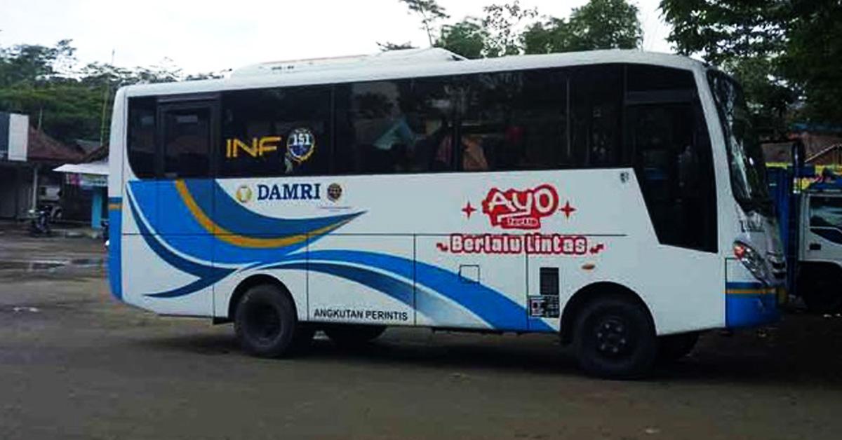 Angkutan Perintis Bus Damri