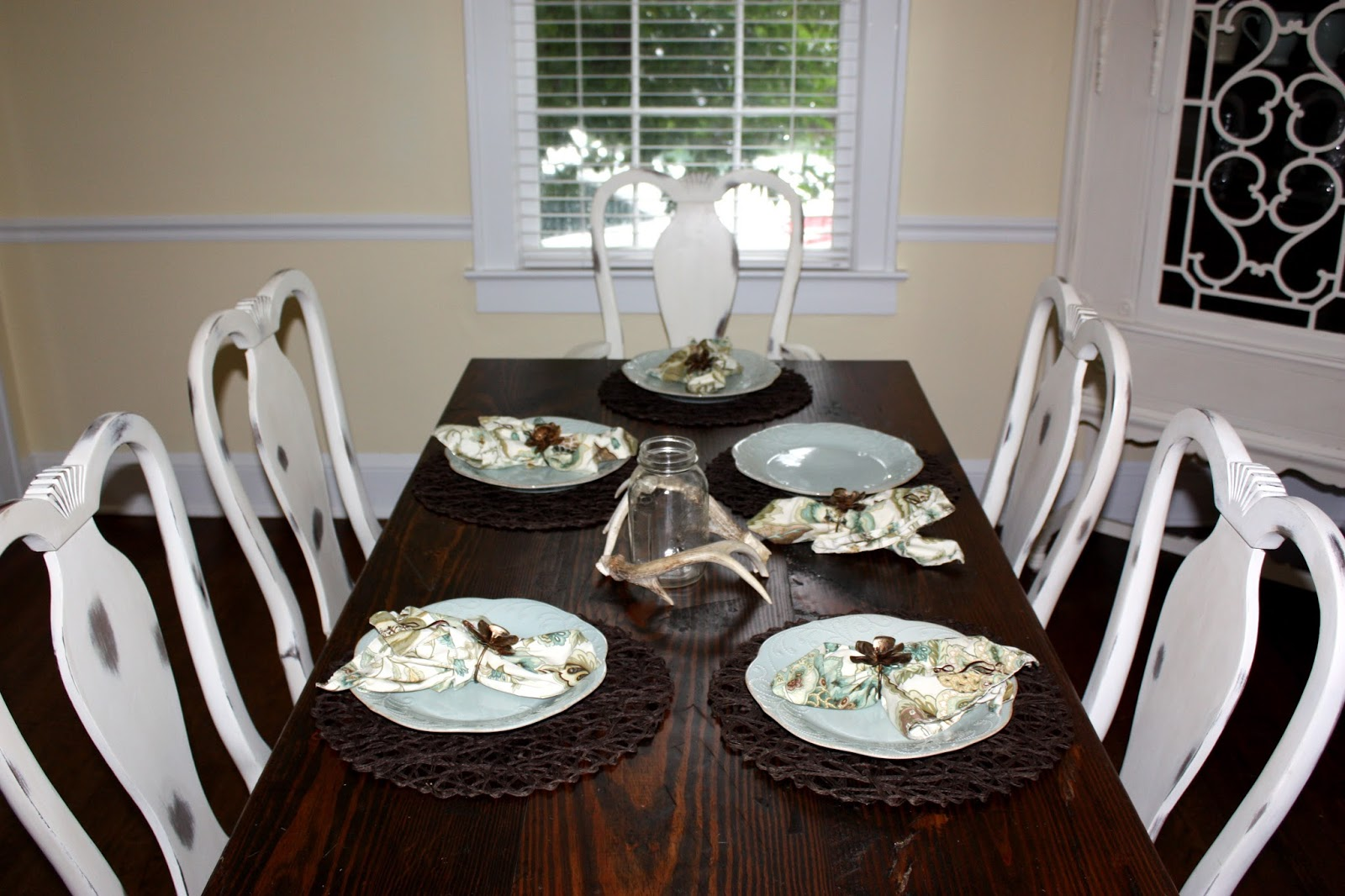 Chalk Paint Dining Room Set: Southern DIY Diary: Chalk Paint Obsession