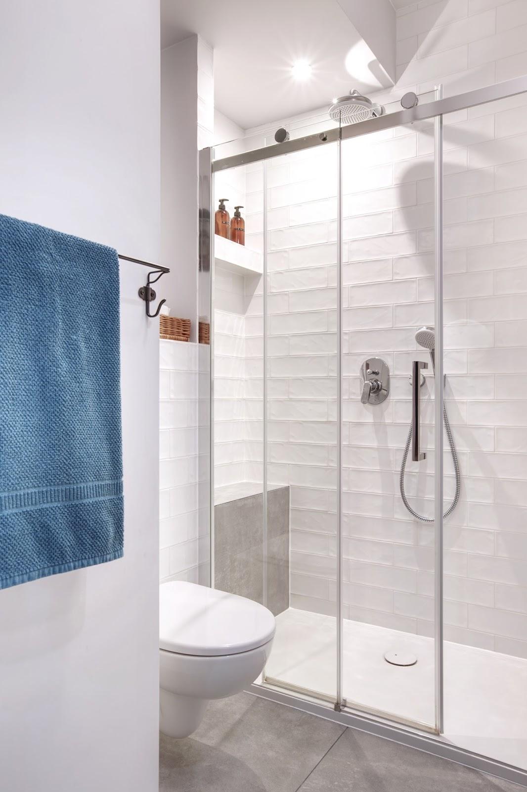 drzwi przesuwne brodzik kabina prysznic