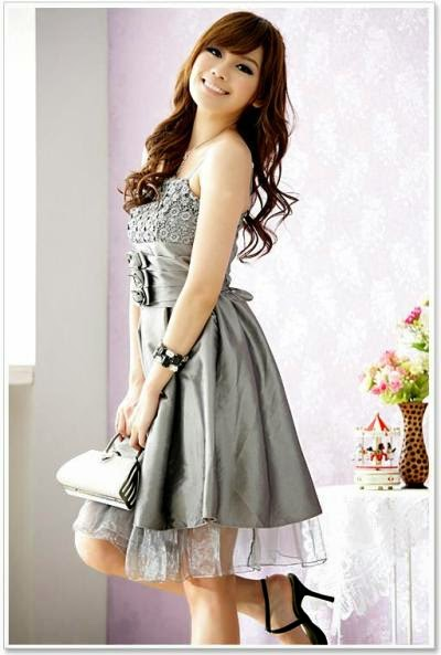 Model  Cantik Baju Gaun  untuk  Remaja  Modern Fashion Style