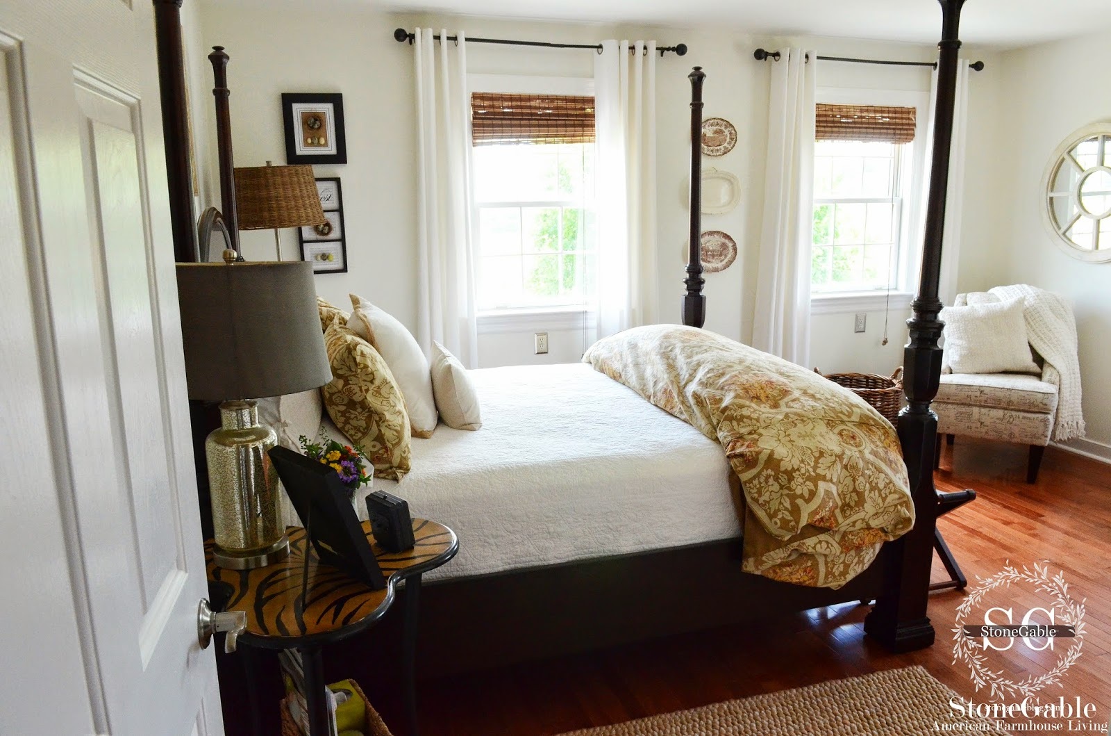 Here Is A List Of 10 Essentials For Creating A Cozy Guest