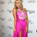 Descuido De Paris Hilton Sin Ropa Interior En Su Propia Fiesta De Cumpleaños. Foto 6
