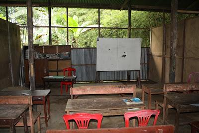 sekolah kandang sapi - ruang kelas
