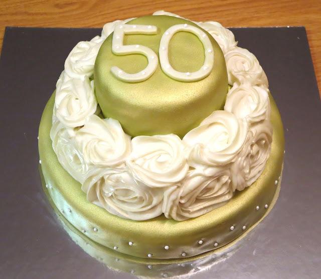 Golden 50th Anniversary Rose Cake 2