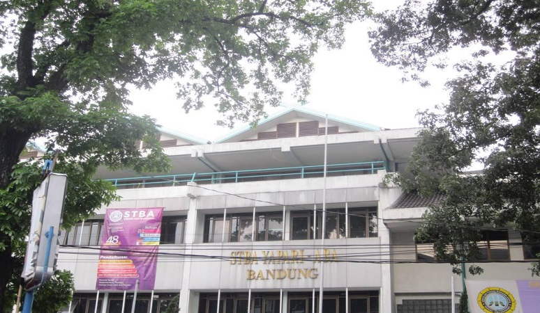 PENERIMAAN MAHASISWA BARU (STBA YAPARI) 2018-2019 SEKOLAH TINGGI BAHASA ASING YAPARI