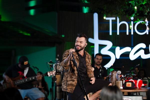 News  Thiago Brava lança EP