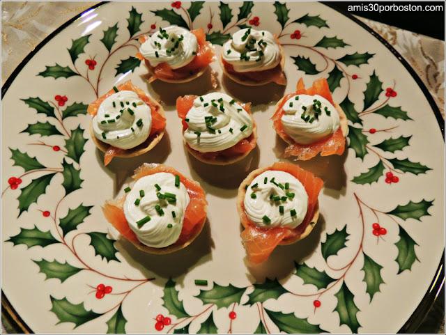 Mini Tartaletas de Salmón Ahumado y Sour Cream