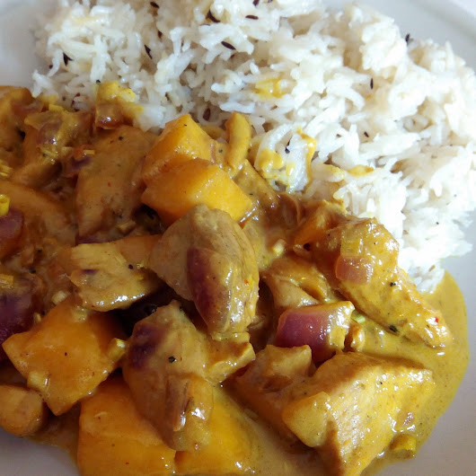 POLLO CON MANGO Y CURRY