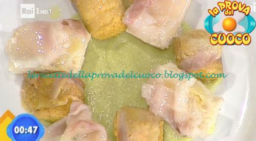 Bocconcini di pollo lardellati su crema di cappuccina e patate ricetta Fava da Prova del Cuoco