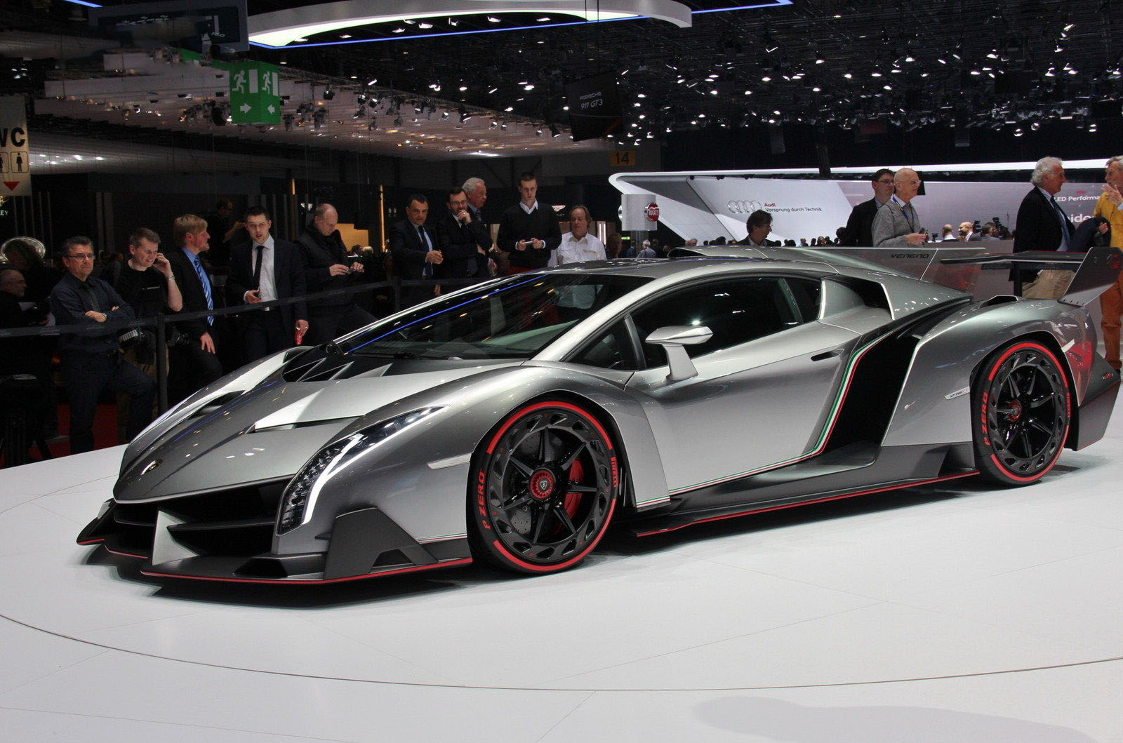carro on Lamborghini Veneno 2013