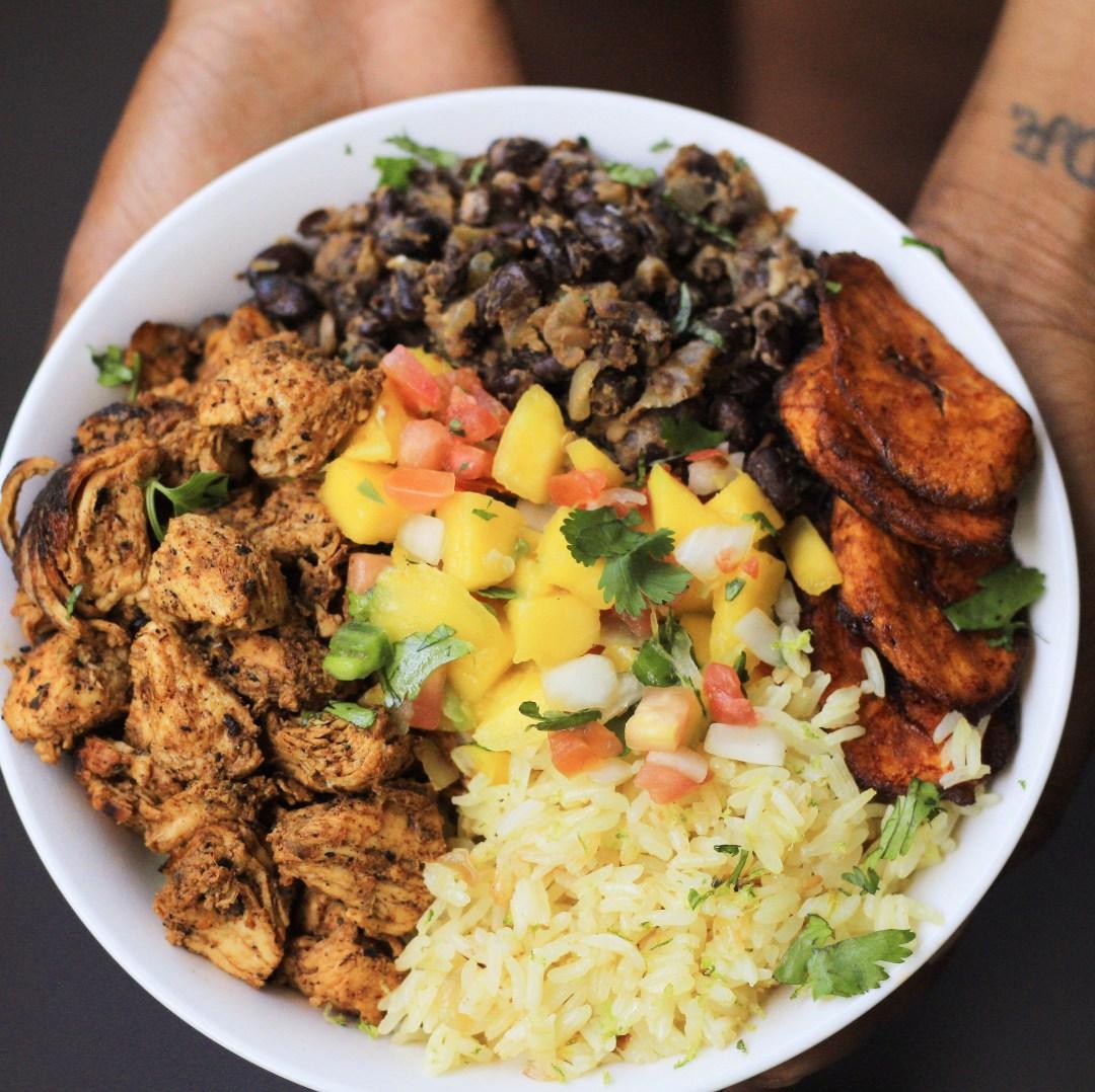 Cuban Chicken & Black Bean Rice Bowls #dinner #ricebowl