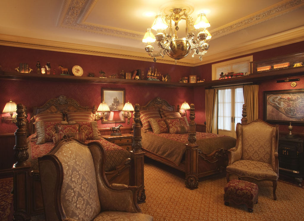 Domythic bliss suites fit for a disney princess - 2 bedroom suites disneyland anaheim ...