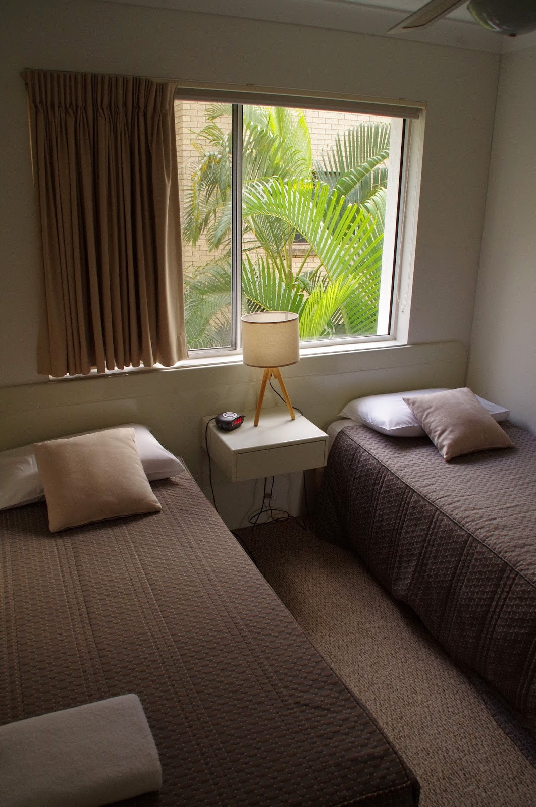 Le beach Apartments Burleigh Heads Bedroom