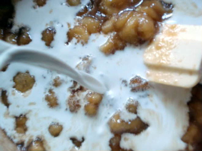 Banana in brown sugar ice cream by Laka kuharica: stir in the remaining coconut milk