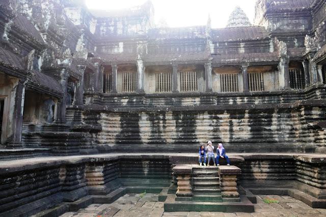 Angkor Wat Sehari Di Keajaiban Dunia Dari Kamboja Part 1 Ajak Anak
