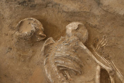 6,500 year old burial discovered in Egypt
