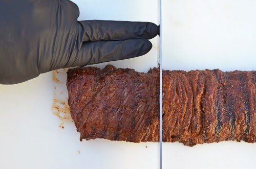 how to slice skirt steak