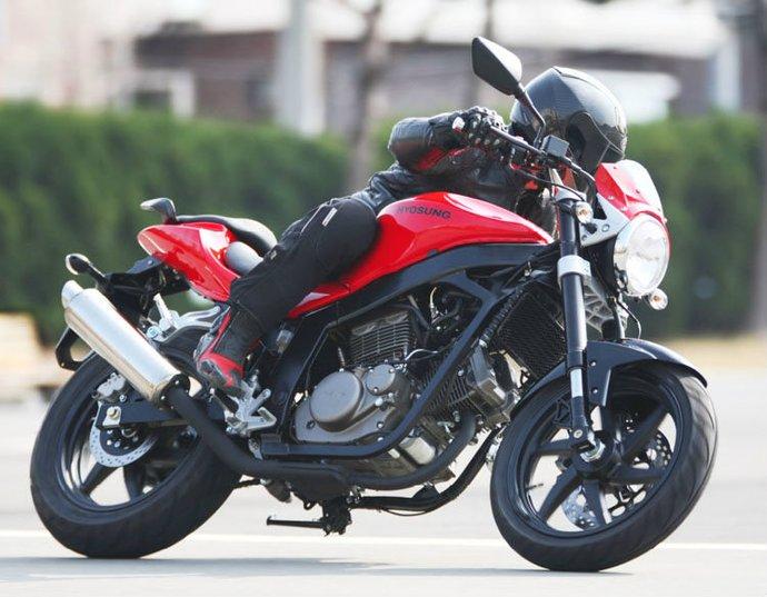 Sobre 2 Ruedas !!!: Motos Naked