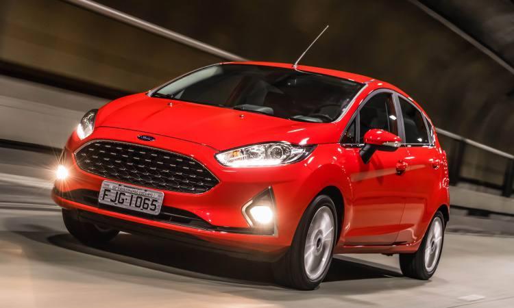 New Fiesta 2018 chega em dezembro  preços partem de R  56.690   Auto ... c6a643a8a2