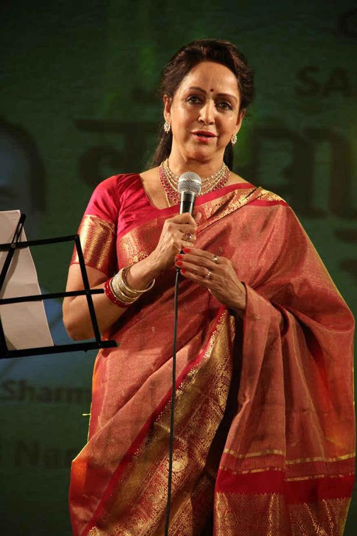 Hema Malini at Launch of Her Album 'Gopala Ko Samarpan' at Iskcon Temple in Juhu