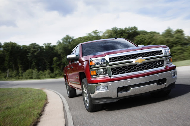 2014-Chevrolet-Silverado-Drive-Test