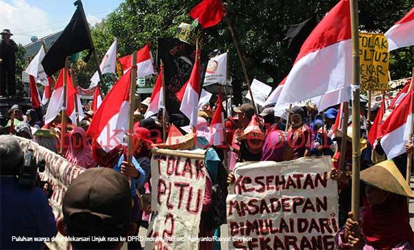 warga mekarsari indramayu menolak proyek pltu