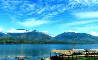 Danau Singkarak West Sumatera